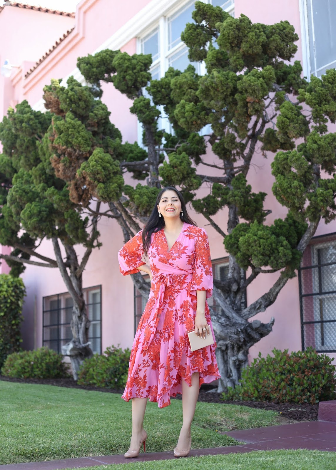 pink floral dress, how to wear a floral dress, baby shower guest outfit idea