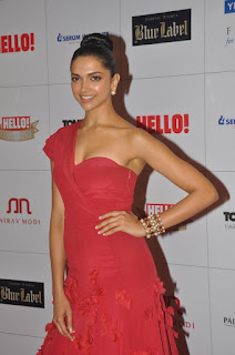 Deepika Padukone Looks Stunning cute and Beautiful in Red Gown