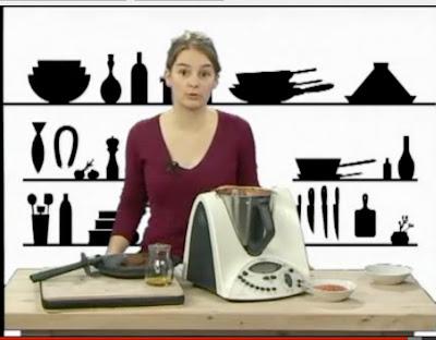 recettes de petits plats pour de grandes occasions ou cuisine de tous les jours la vid o test. Black Bedroom Furniture Sets. Home Design Ideas