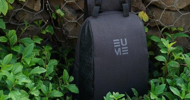 Backpack With Inbuilt Back Massager - Eume.