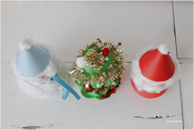 adorno-navideño-diy-vaso-carton-reciclado