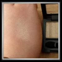 Revlon perle - 055 Sunlit Sparkle swatch hand
