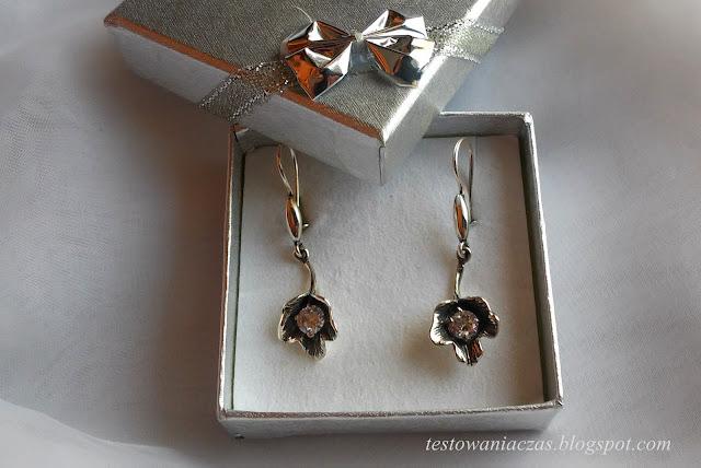 eleganckie srebrne kolczyki