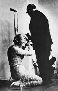Марлен Дитрих встала на колени перед Константином Паустовским