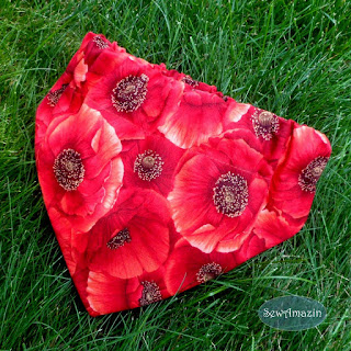 Red Poppies Dog Bandana | SewAmazin