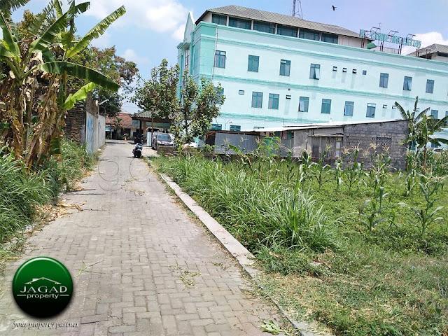 Tanah Pekarangan belakang RS Condong Catur