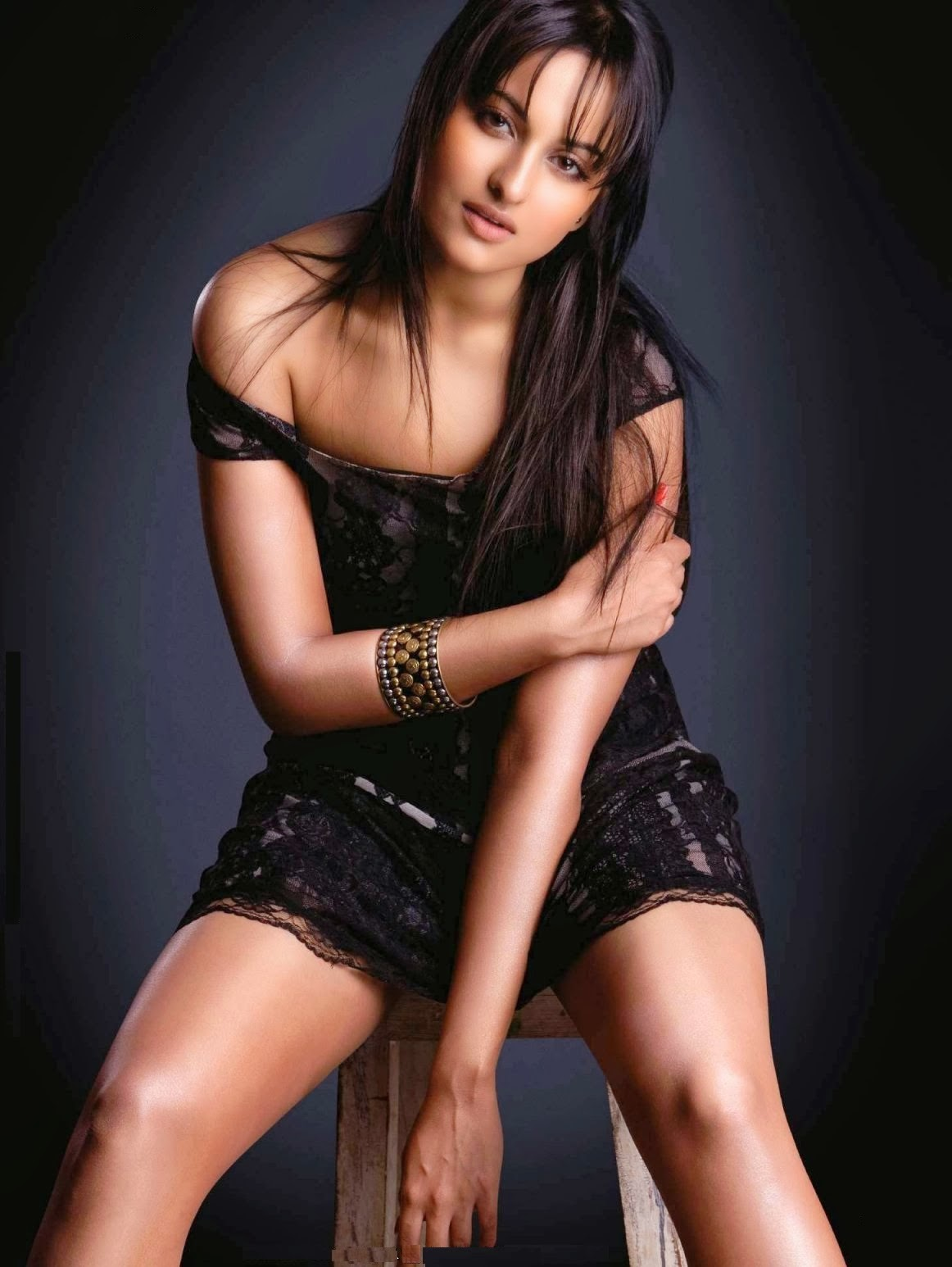 bollywood heroine sexy image