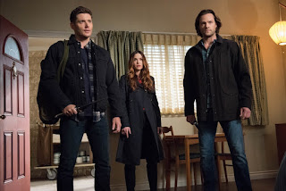"Jensen Ackles as Dean Winchester, Danneel Ackles as Sister Jo, and Jared Padalecki as Sam Winchester in Supernatural 13x13 ""Devil's Bargain"""