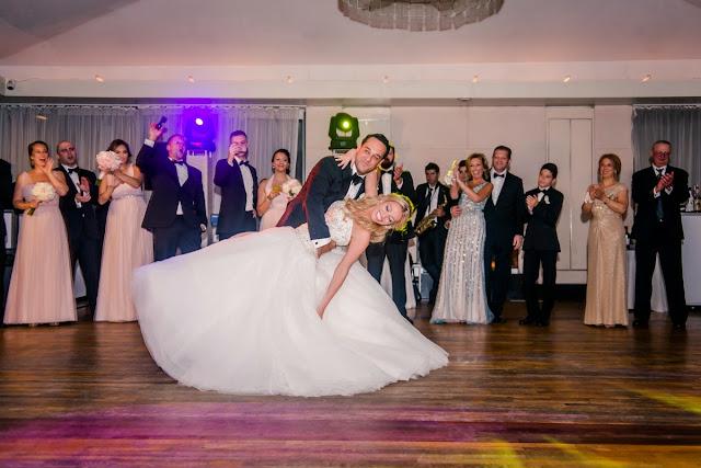 budget wedding photography, cheap photographers, destination wedding photographers, digital wedding photography, engagement photographers, famous wedding photographers, professional photographers,
