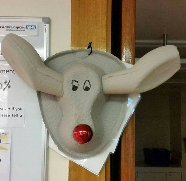 Creative Ideas For Christmas Decorations By A Hospital's Medical Staff - Rudolph's Also Helping Doctors And Nurses To.