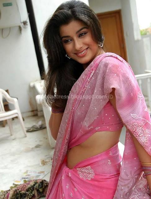 Madhurima Hot in Saree