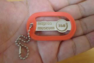 ネプロスミュージアム サンロクマル 入場タグ ゴムリングはオレンジ