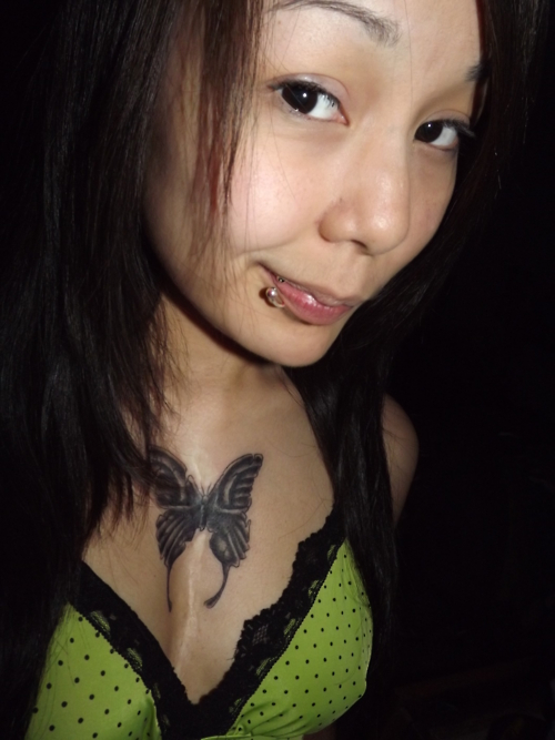 The Cpuchipz Tattoo Ideas Girl Chest Tattoos 2012 Pictures