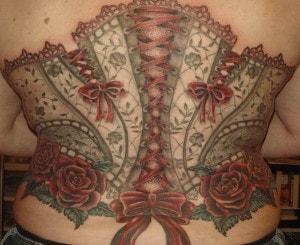 Tatuaje de corset