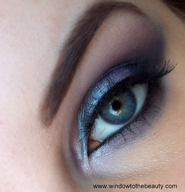 Gray purple Makeup