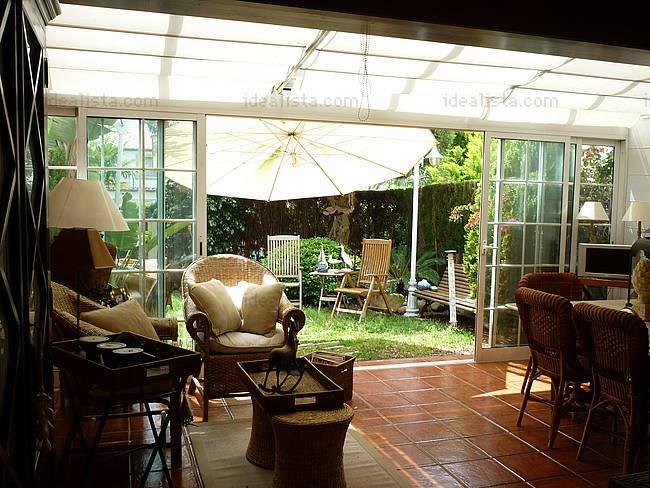Fotos de terrazas terrazas y jardines terrazas de casas for Jardines interiores de casas modernas