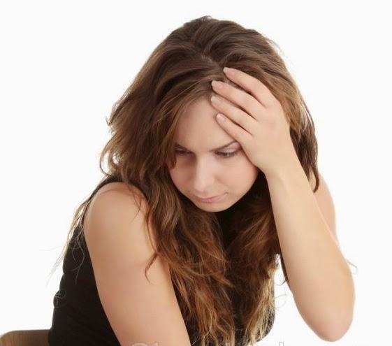 12 Penyebab Rambut Rontok dan Cara Ampuh untuk Mengatasinya
