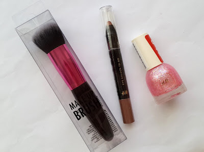 hm kozmetik, hm beauty, hm cosmetics, hm makeup brush, hm nail polish, hm oje, hm göz farı, makeup brush, hm makyaj fırçası, hm far,