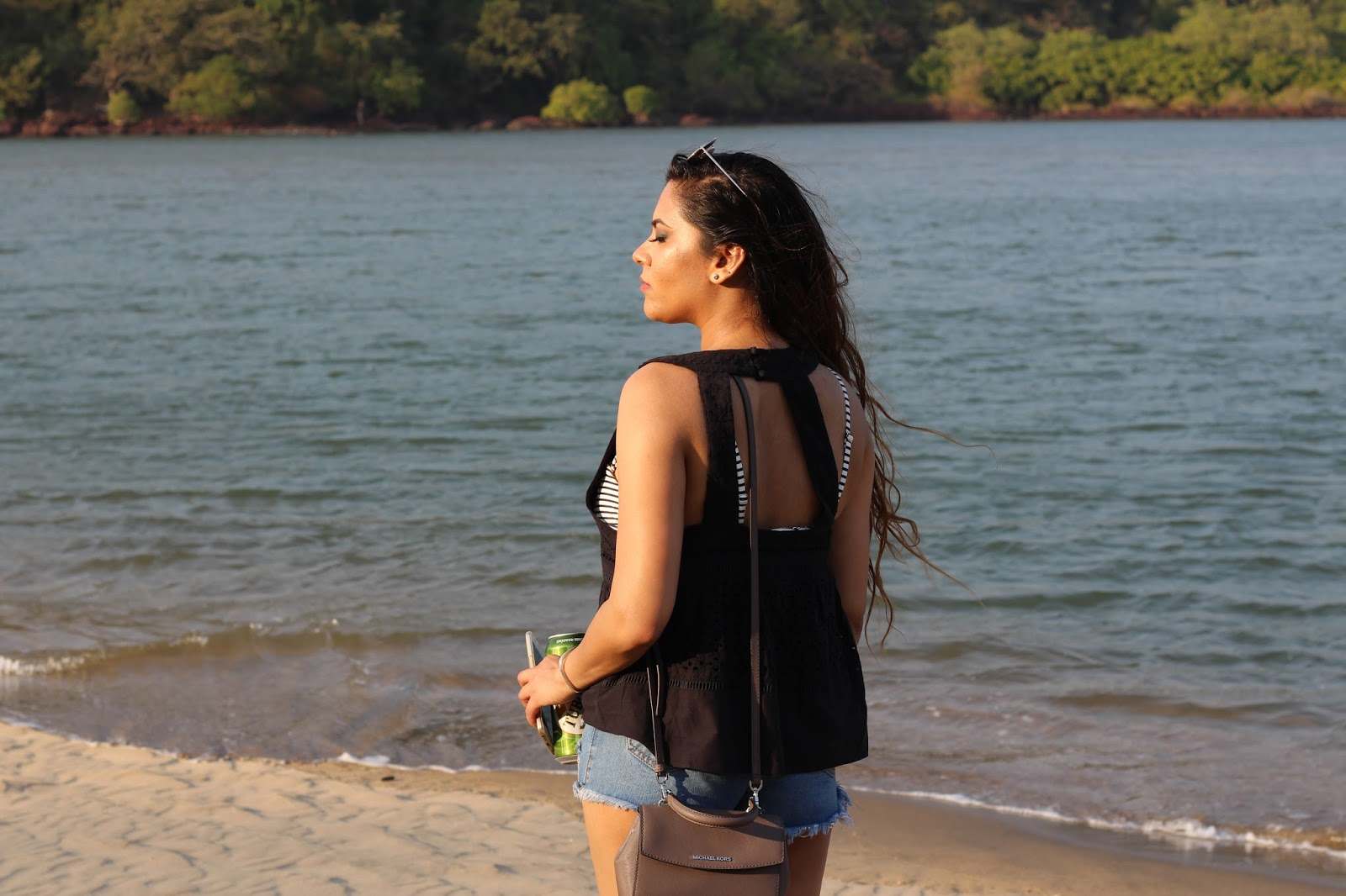 Travel Bloggers Share Outfits To Travel In India