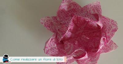 Come realizzare un fiore di loto origami
