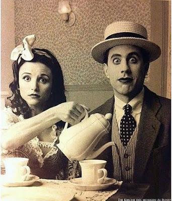 Lustiges altes Retro Bild - Ehepaar beim Kaffee trinken - Spassbilder