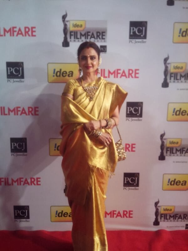 Rekha at Filmfare Award 2014