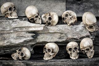 10 kiểu mê tín dị đoan về người chết vô cùng khó hiểu