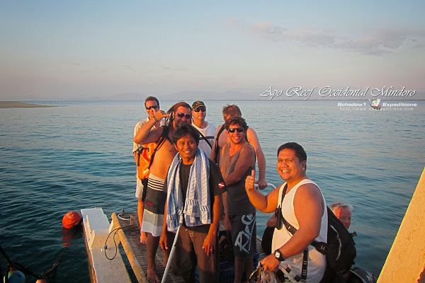 Apo Reef Dive Team - Schadow1 Expeditions