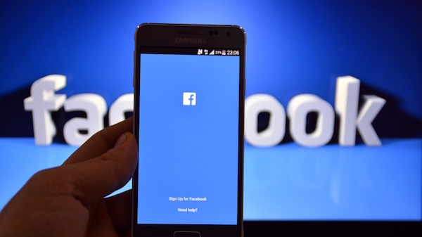 Facebook ya permite publicar vídeos en los comentarios