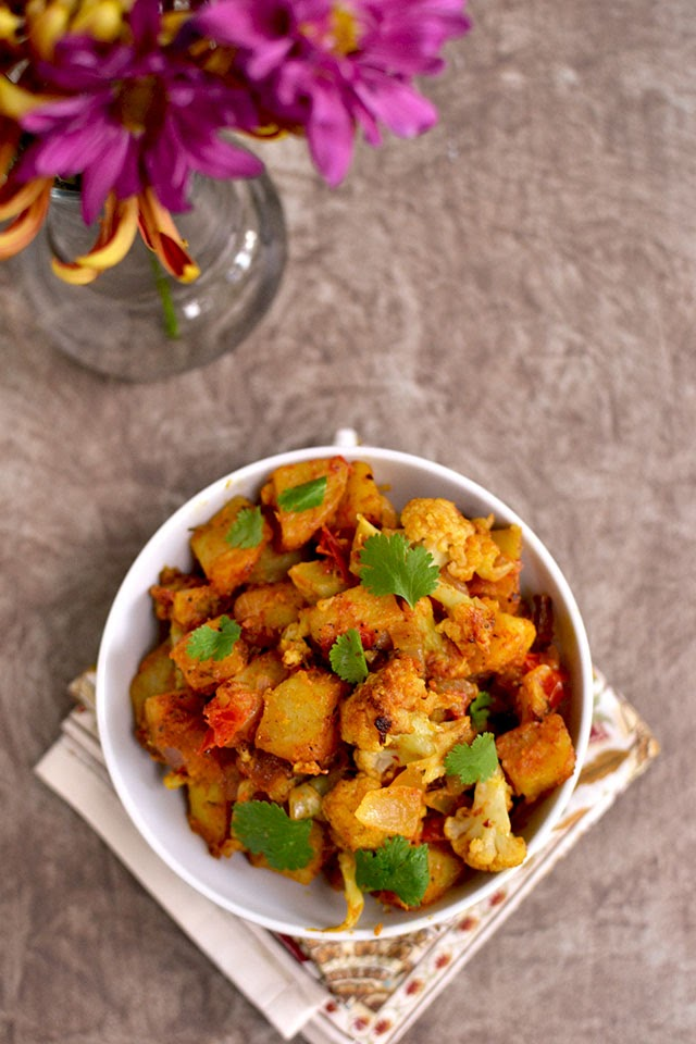 Dry Potato-Cauliflower Curry