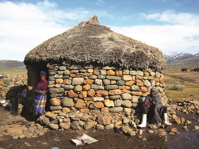 Muito-mais-que-seis-perguntas-a-Joao-Aguiar-Lesoto-Sani-Pass-armazem-ideias-ilimitada
