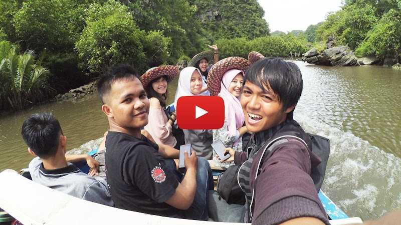 (+Video) Kampung di Balik Gunung Kapur: Berlibur ke Rammang-Rammang