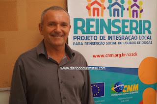 Prefeito e Secretária de Saúde de Baraúna participam de Seminário do Reinserir