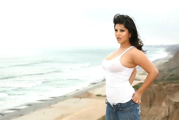 Bharatbytes Sunny Leone Hottest Photoshoot-4795