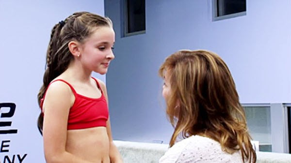 Dance Moms - Season 2 Episode 01: Everyone's Replaceable
