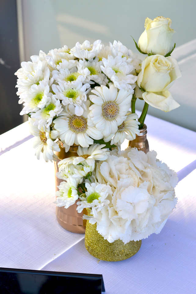 Diy White And Gold Table Decorations Kitchy World