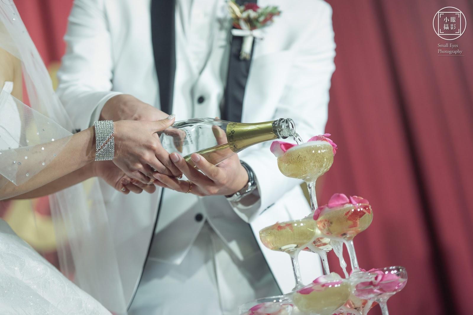 婚攝,小眼攝影,婚禮紀實,婚禮紀錄,婚紗,國內婚紗,海外婚紗,寫真,婚攝小眼,台北,自主婚紗,自助婚紗,Jubie,Wedding,手繪插畫喜帖,Joanna,Wedding,經典婚紗,黑禮帽西服工作室,Stella,幸福小夫妻,婚禮工作室,令潔,樂樂,Yvonne的婚禮儲思盆,麋鹿小姐,Palmier Bakery,帕米貝可,手作烘焙,波波諾諾,復古攝影棚,幸福故事館婚禮顧問,Winni Handmade,幸福手作,徐州路2號,庭園會館