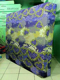 Kasur inoac corak motif love ungu