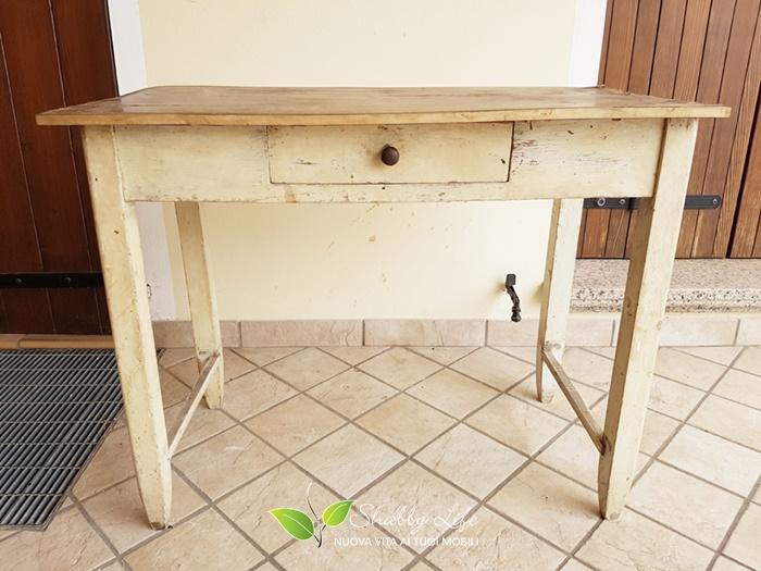 Mobili Costruiti Con Legno Di Recupero : Shabbylife santiago invecchiare il top di legno di un tavolino