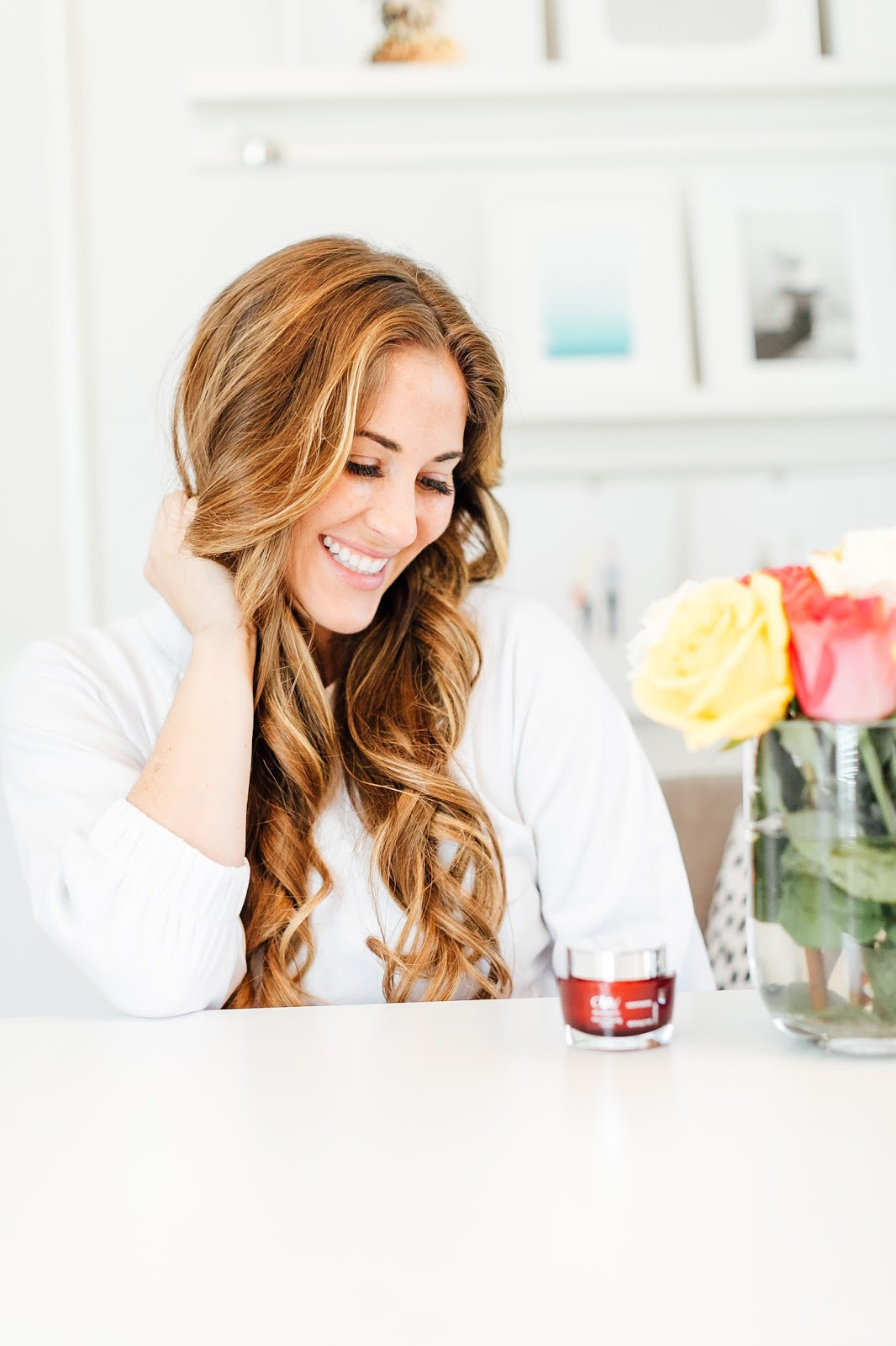 The Best Anti Wrinkle Cream that Makes Me Look & Feel Like I'm in My 20's Again by popular blogger Laura of Walking in Memphis in High Heels
