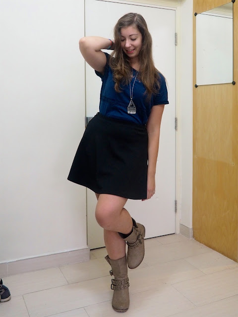 Mix It Up | outift of dark blue lace pattern t-shirt, short black skater skirt, and short, chunky brown boots