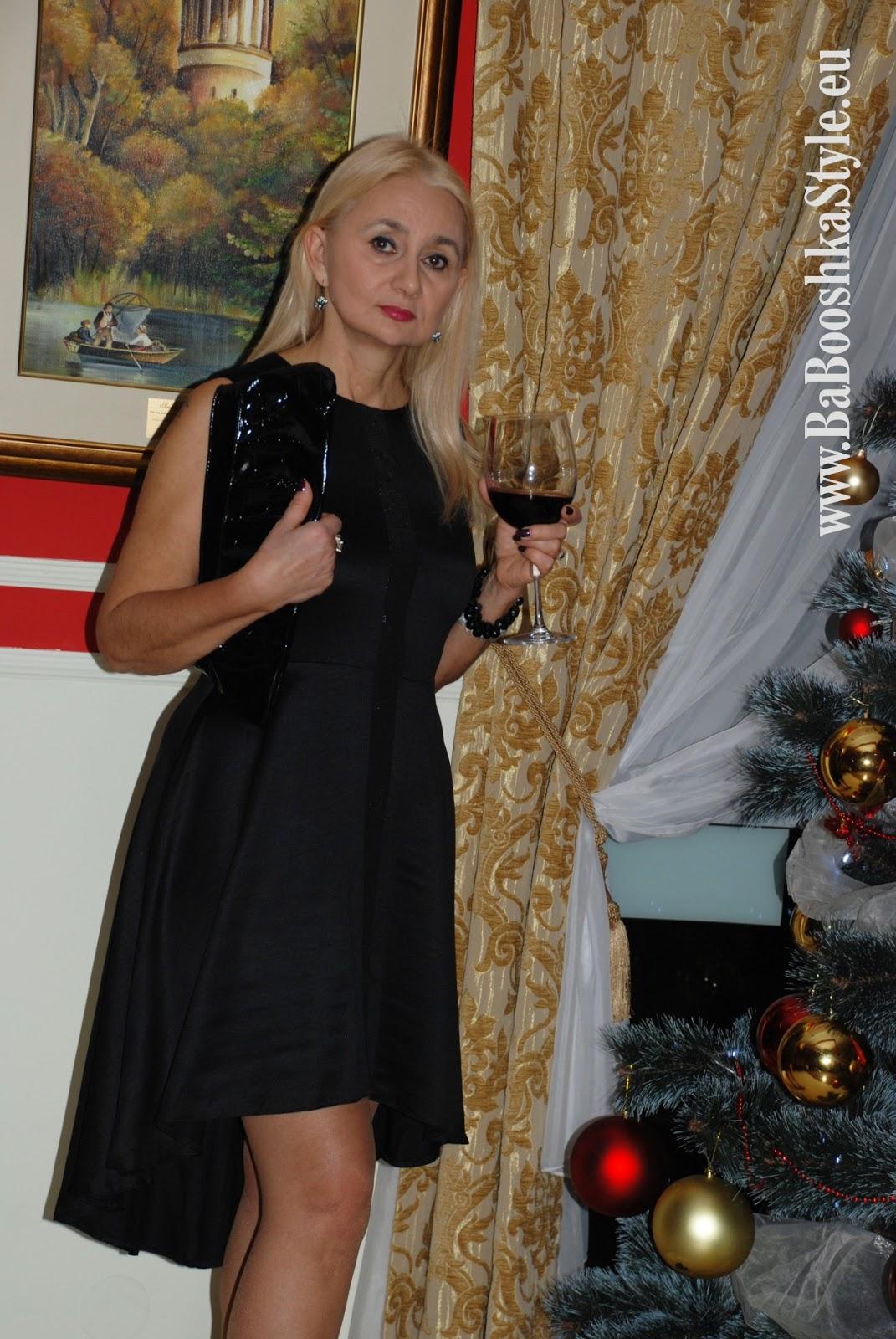 2d983ace0b Sukienka wieczorowa polskiej projektantki ASP z Łodzi - w Biedronce