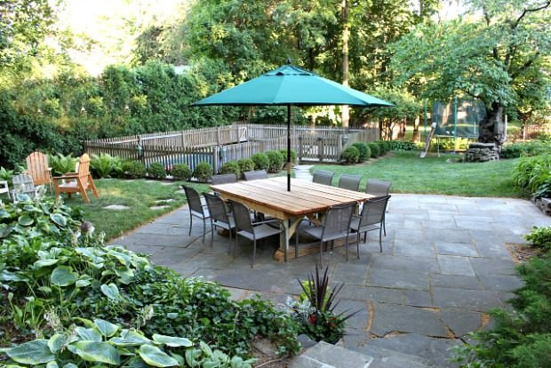 backyard patio dining table