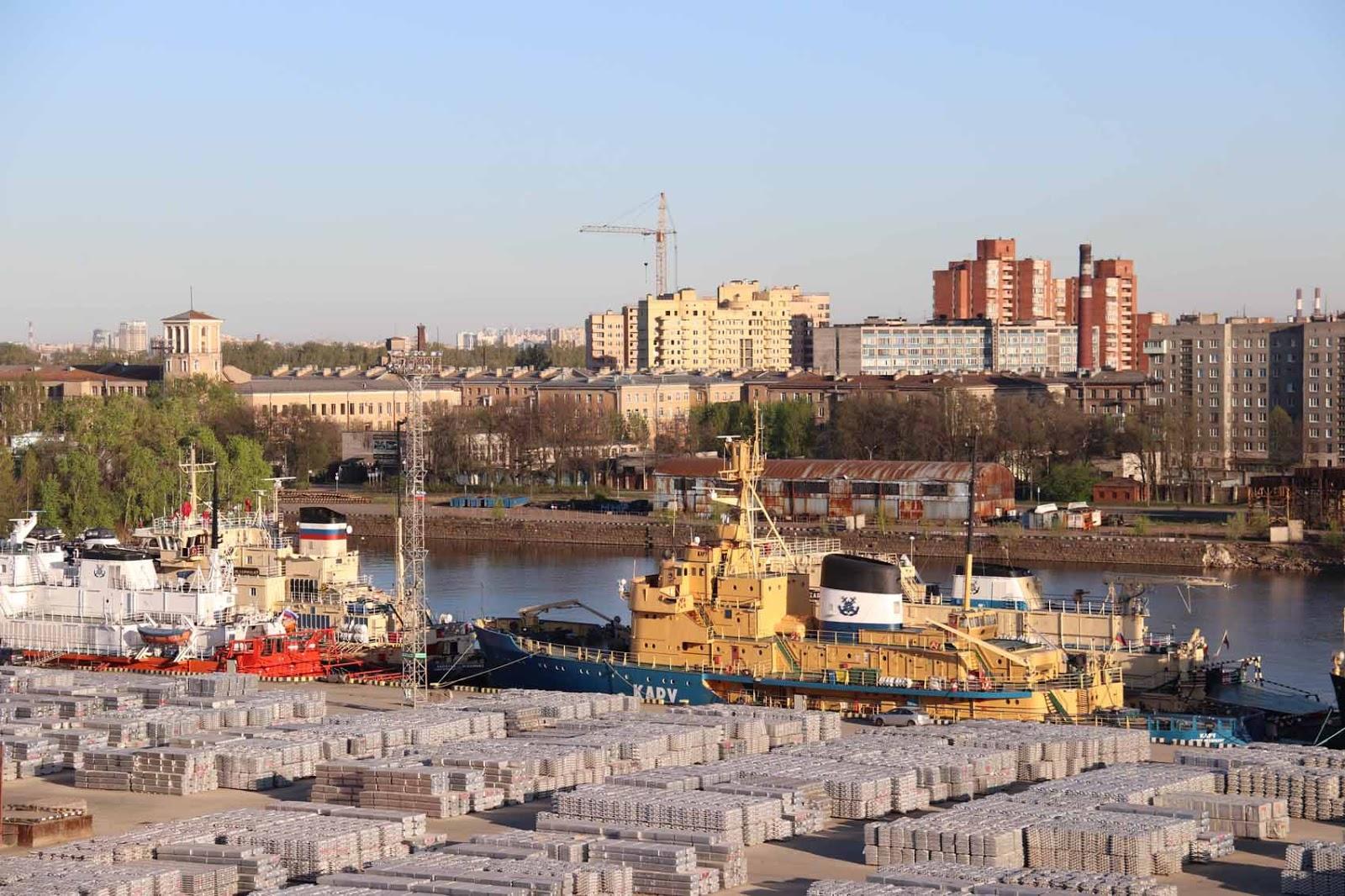 Pietarin satama-alue