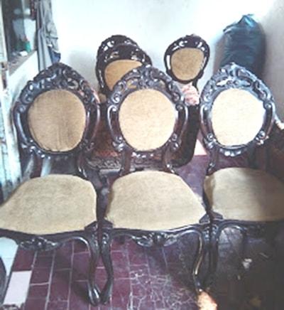 1 sett lengkap kursi ukir