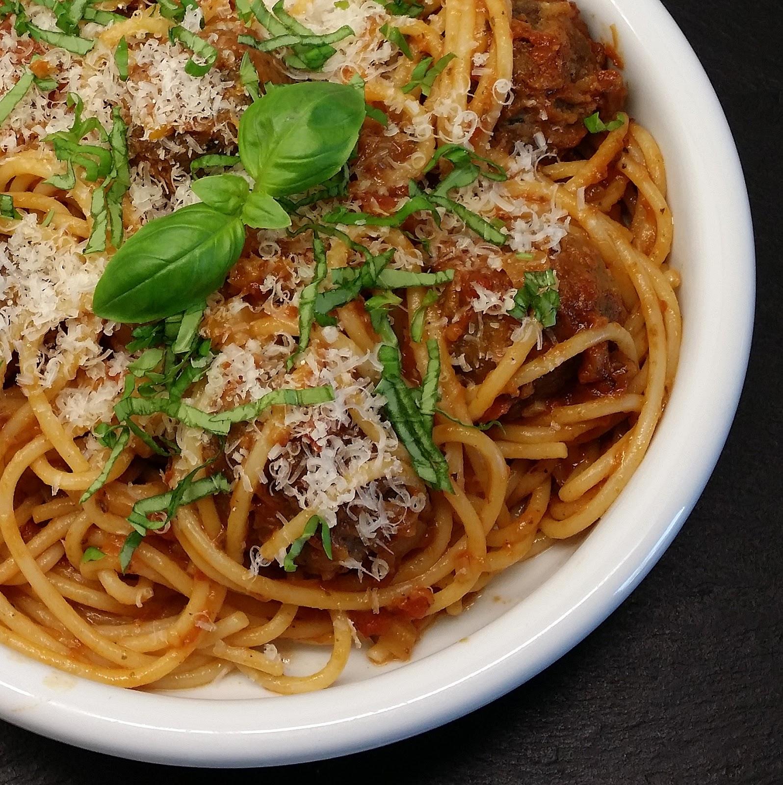 Klidmosterdk Saftige Italienske Meatballs I Langtidssimret Rustik