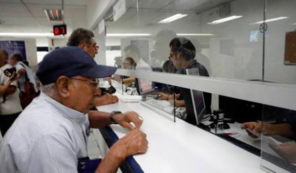 Pagarán a pensionados un mes más de aguinaldos en Petros, que equivale a 4.500