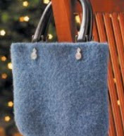 http://translate.googleusercontent.com/translate_c?depth=1&hl=es&rurl=translate.google.es&sl=en&tl=es&u=http://www.countrywomanmagazine.com/project/simple-felted-handbag/&usg=ALkJrhhehROTrattRC0mGRRg0PuqWjY5bQ