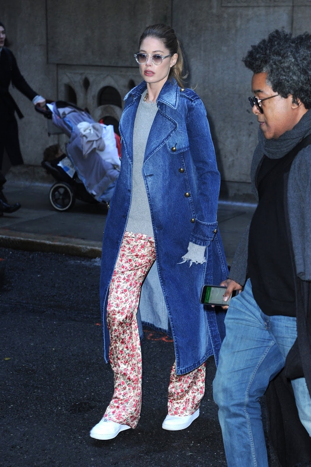 Doutzen Kroes - Outside Michael Kors fashion show during NYFW in NYC - 02/13/2019