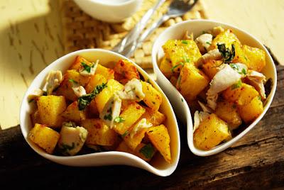 Tavuklu Patates Salatasi